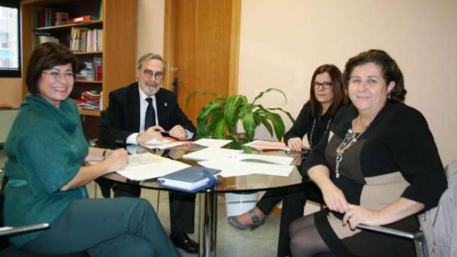 Reunión del director del IVS y la responsable de Bienestar Social de Águilas