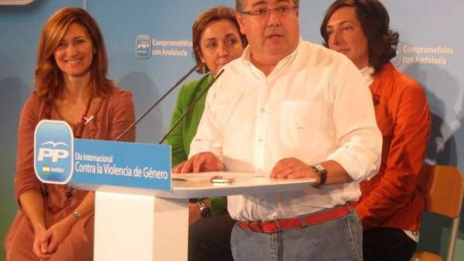 Juan Ignacio Zoido, en un acto con mujeres del PP-A