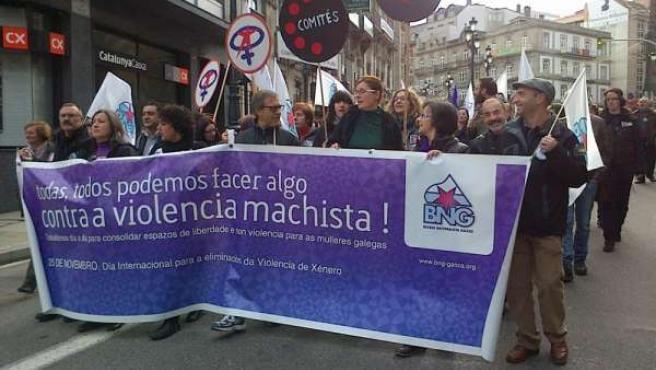 Carme Adán en la manifestación contra la violencia de género en Vigo