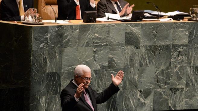 El presidente de la Autoridad Nacional Palestina, Mahmud Abás, agradece la votación ante la Asamblea General de la ONU, en Nueva York (EE UU).