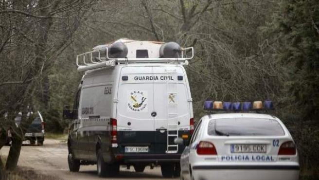 Imagen de archivo de los efectivos de la Guardia Civil y de la Policía durante una operación.
