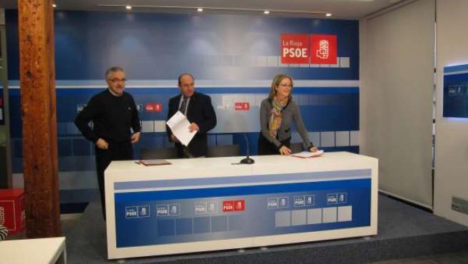 Rueda de prensa en la sede del PSOE de La Rioja