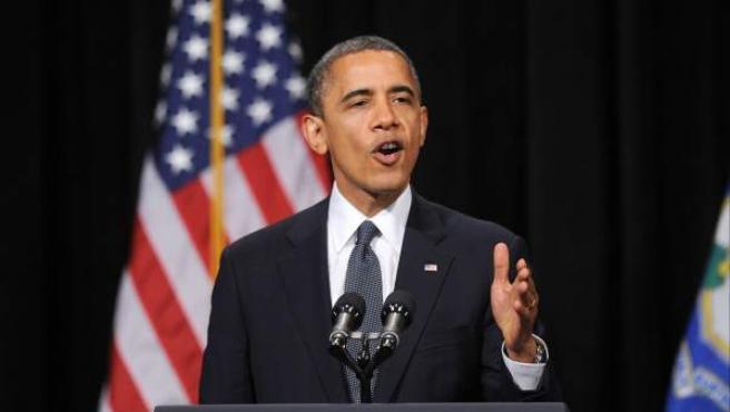 Barack Obama habla en la vigilia a las víctimas deel tiroteo de la escuela de Newport el 17 de diciembre de 2012, donde de 27 víctimas, 20 eran niños y abogó por cambios en la ley de control de armas.