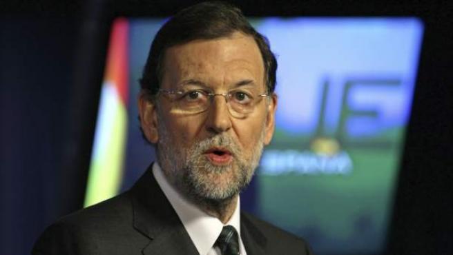 El presidente del Gobierno español, Mariano Rajoy, en una rueda de prensa al finalizar la cumbre de líderes europeos en la sede del Consejo Europeo en Bruselas, Bélgica.