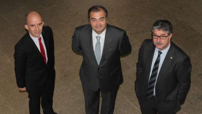 El presidente del Banco Popular, Ángel Ron, asiste a un coloquio en Santiago