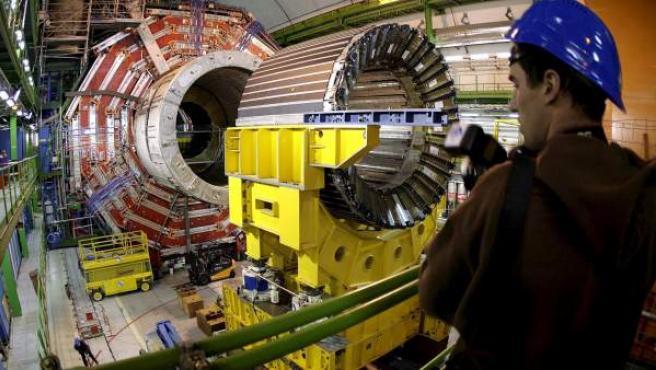 """El núcleo magnético del CMS, uno de los """"grandes experimentos"""" del Gran Colisionador de Hadrones (LHC), el mayor acelerador de partículas del mundo en Ginebra, Suiza."""