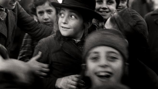 Una de las fotos a colectividades judías de Europa del Este de Roman Vishniac