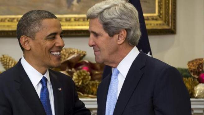 El presidente estadounidense, Barack Obama (i), designa al senador demócrata y excandidato presidencial John Kerry (d) como su nuevo secretario de Estado, en la Casa Blanca.