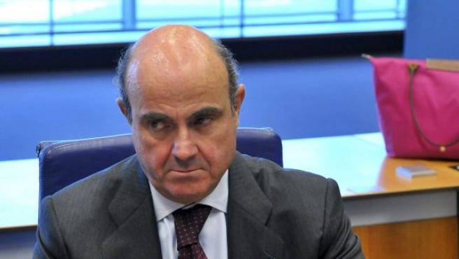Luis de Guindos, durante una reunión del Eurogrupo en Luxemburgo.