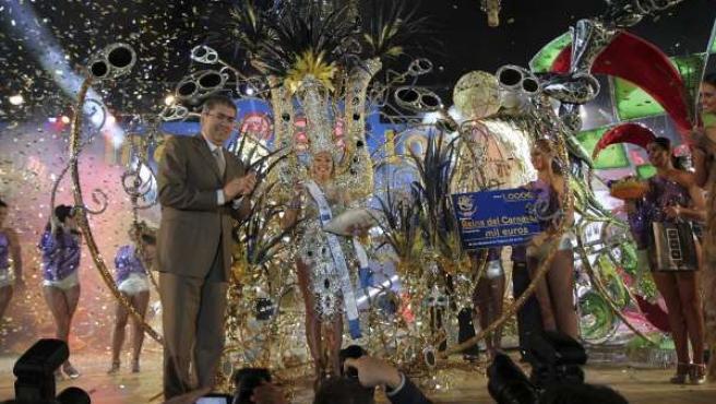 El alcalde de San Bartolomé de Tirajana y Reina del Carnaval de Maspalomas 2012
