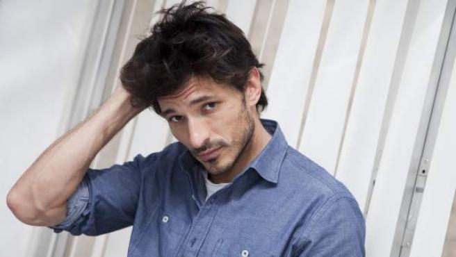 El modelo español Andrés Velencoso.