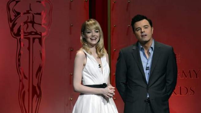 Emma Stone y Seth MacFarlane anuncian los nominados a la 85 edición de los Oscar.
