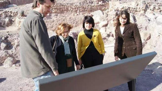 Gutierrez-Cortines visita el yacimiento de La Bastida