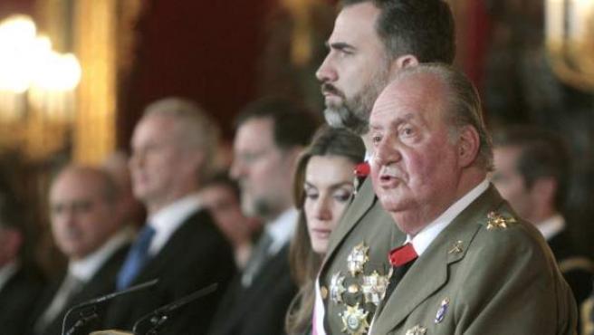 El rey, en el momento de su discurso durante la celebración de la Pascua Militar de 2013.