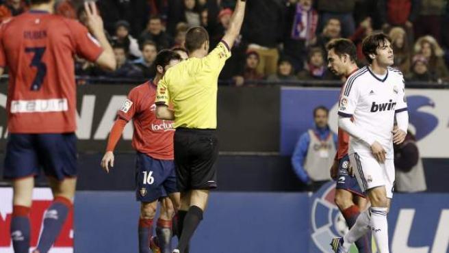 El jugador del Real Madrid, Kaká, expulsado.