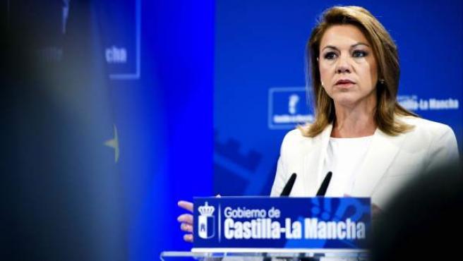 La presidenta de Castilla-La Mancha, María Dolores de Cospedal, durante la presentación de los presupuestos de Castilla-La Mancha para 2013.