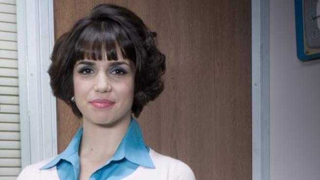 Elena Furiase en el papel de Olga, en la serie' Amar es para siempre'.