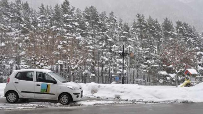 Problemas en las carreteras de Huesca por las nevadas