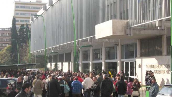 Protesta del pueblo de Belmez ante la Subdelegación del Gobierno