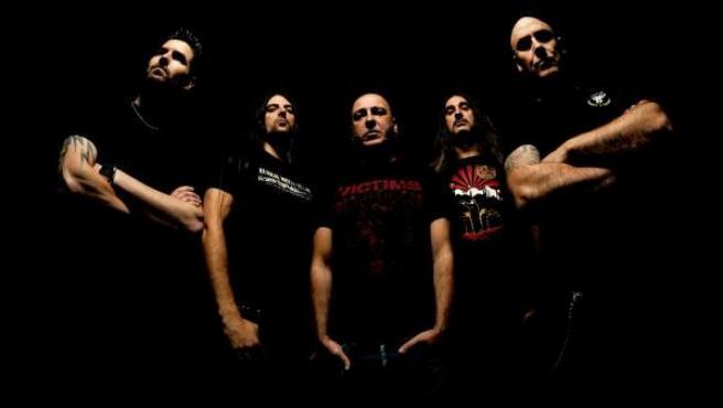 Una imagen promocional de la banda Soziedad Alkoholika.