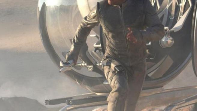 Nueva foto de Tom Cruise en 'Oblivion'