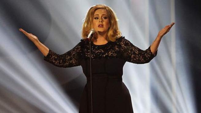 Una imagen de la cantante Adele, durante un concierto en el O2 Arena de Londres.
