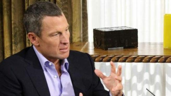 El exciclista estadounidense Lance Armstrong, durante la entrevista con Oprah Winfrey en la que confesó que se se había dopado.