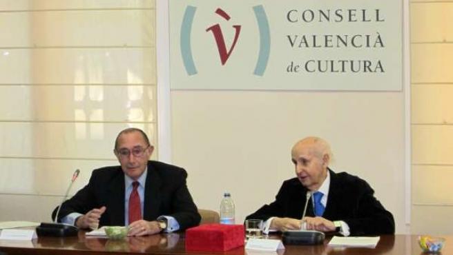 Jaime Lamo de Espinosa y el presidente del CVC, Santiago Grisolía.
