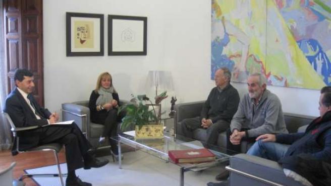 Carrasco, durante la reunión con los representantes de los grupos