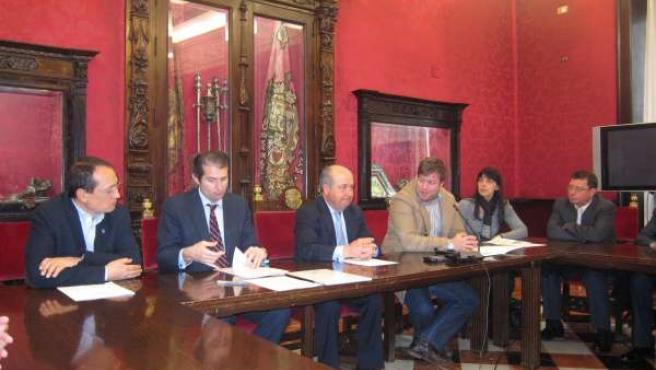 Rueda de prensa del alcalde de Granada, José Torres Hurtado.