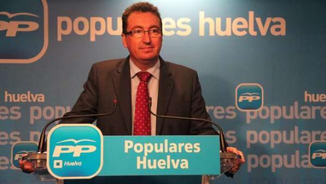 Manuel Andrés González, presidente del PP de Huelva.