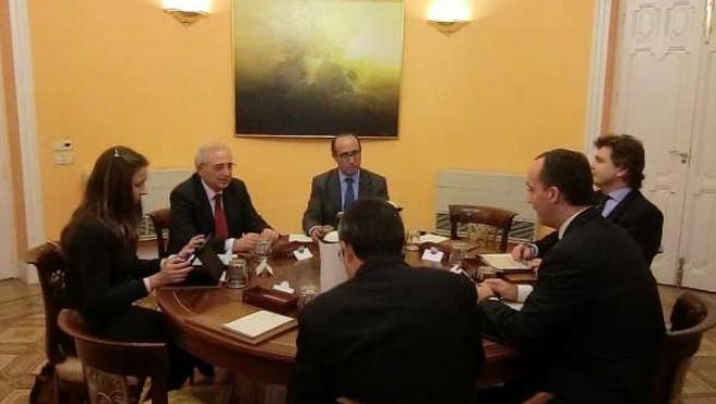 Reunión de Imbroda con el secretario de Estado de Seguridad