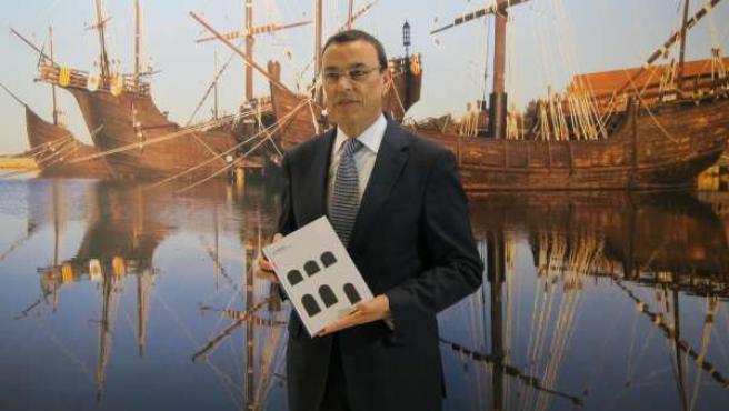 El presidente de la Diputación de Huelva, Ignacio Caraballo, en Fitur