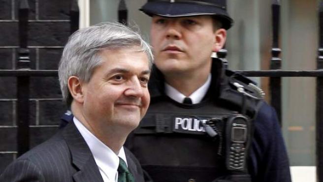 El ya exministro británico de Energía, Chris Huhne, a su salida del número 10 de Downing Street, en Londres (Reino Unido).