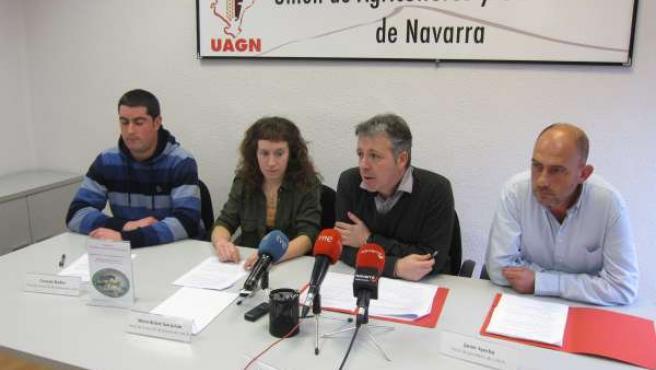 Rueda de prensa de UAGN para presentar una campaña de apoyo a la ganadería.