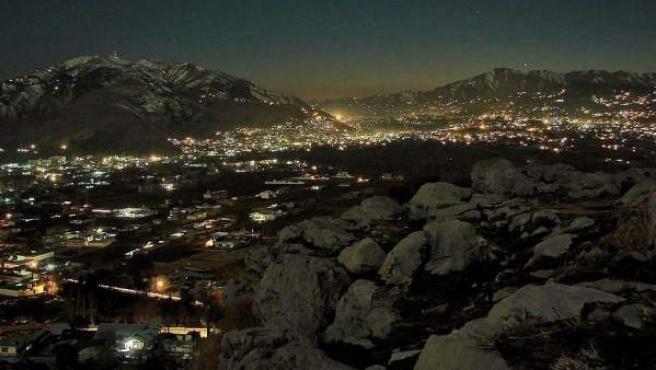 Una vista de la ciudad de Abbottabad, de noche.