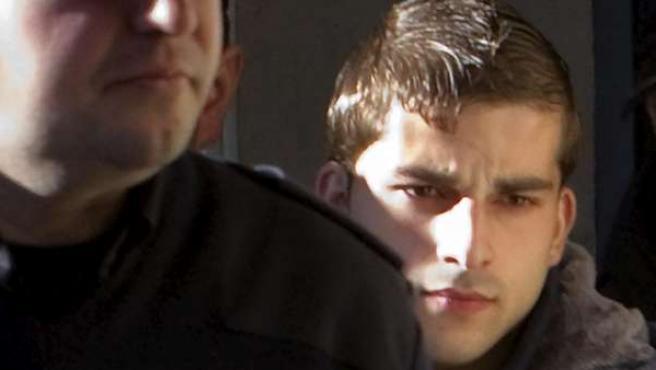 Miguel Carcaño, asesino confeso de Marta del Castillo a su llegada al juzgado número 4 de Sevilla.