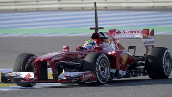 Felipe Massa, piloto de Ferrari, durante los entrenamientos de Jerez.