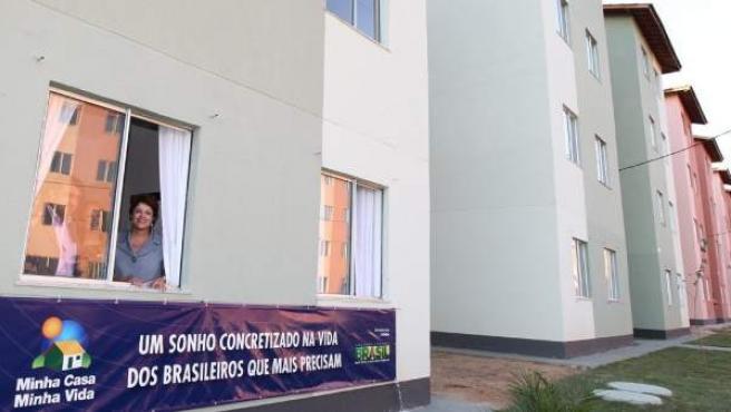 """La presidenta Rousseff, en una vivienda del programa """"Minha Casa, Minha Vida""""."""