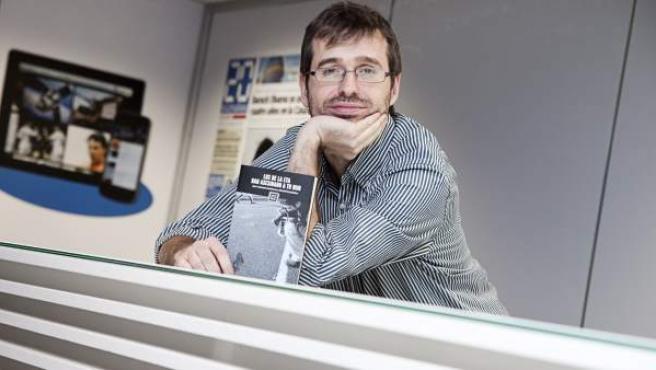 El periodista de 20 minutos David Fernández, coautor del libro 'Los de la ETA han asesinado a tu hijo'.
