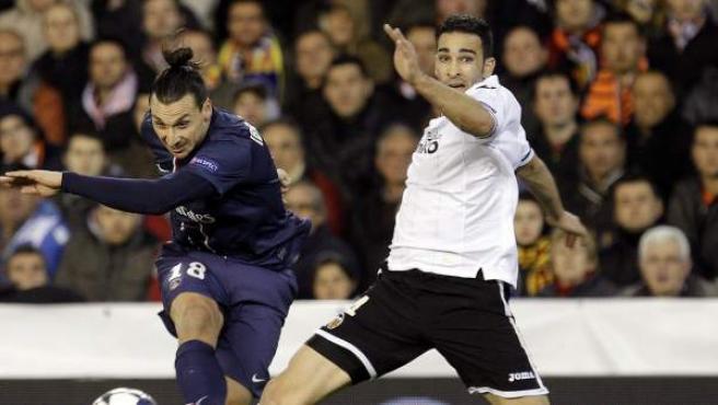 Rami e Ibrahimovic durante el Valencia - PSG.