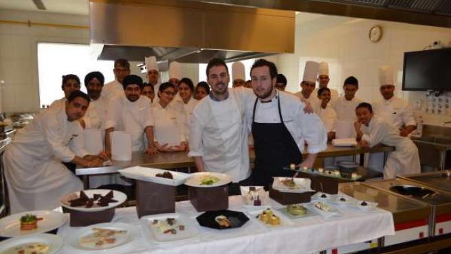 El pastelero Julián Arranz y el chef Jesús Prieto en India