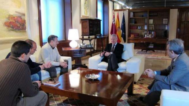 Reunión del Comité de Empresa de la MCT con Valcárcel y Cerdá en San Esteban