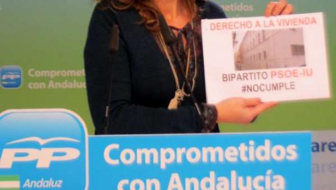 Alicia Martínez, vicesecretaria del PP-A, hoy en rueda de prensa