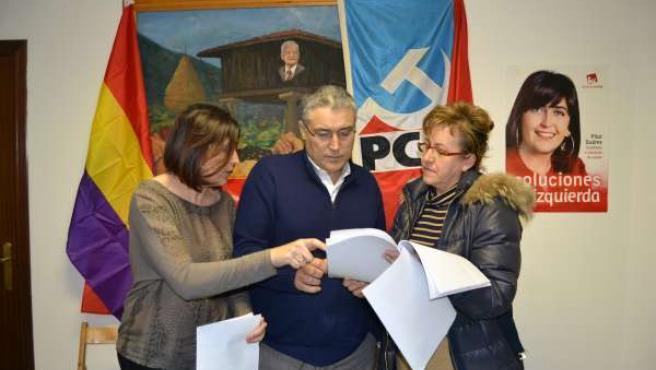 Pilar Suárez, Manuel Orviz y Gabriela Álvarez.
