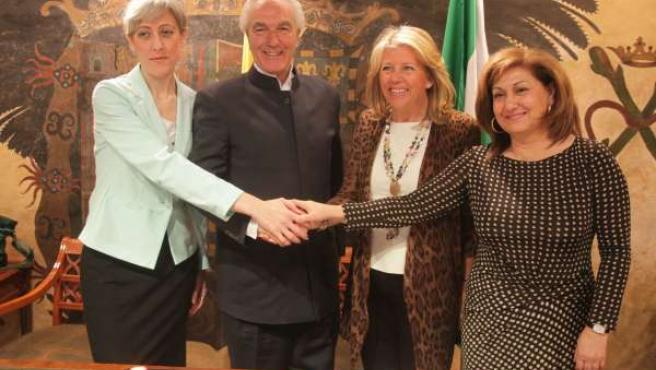 Anuncio concesión de la Universidad Internacional de Marbella