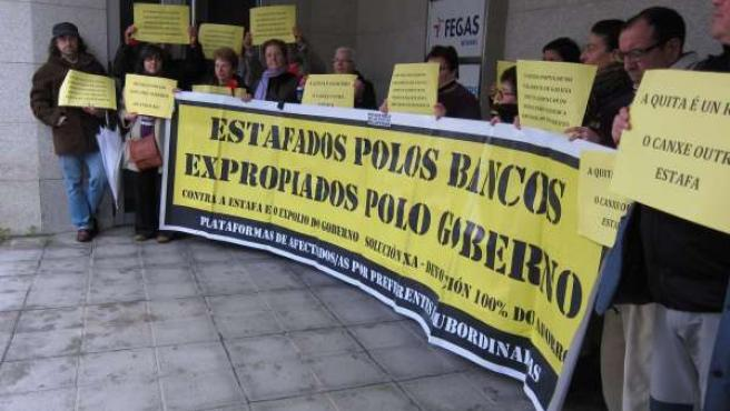 Concentración afectados por preferentes en la sede del PPdeG