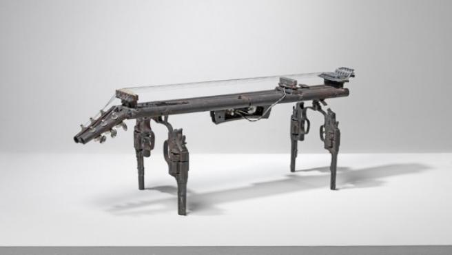 'Salterio', instrumento de cuerda creado por Reyes en 2012 para su proyecto 'Imagine'