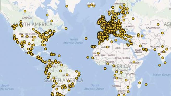 Mapa elaborado por el colectivo Juventud Sin Futuro que muestra, con puntos amarillos, la ubicación de miles de jóvenes españoles que se han visto obligados a dejar España en busca de una oportunidad laboral.