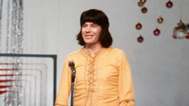 Fotografía de archivo del 1 de enero de 1970 del cantante Tony Ronald.